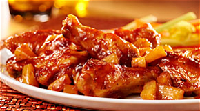 Foto Chicken teriyaki pineapple wings